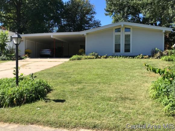 2337 Chatham Road, Springfield, IL 62704 (MLS #185069) :: Killebrew & Co Real Estate Team