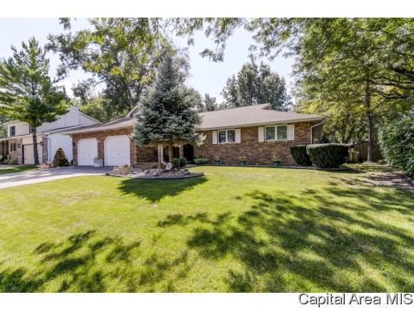 2540 Greenbriar, Springfield, IL 62711 (MLS #185789) :: Killebrew & Co Real Estate Team