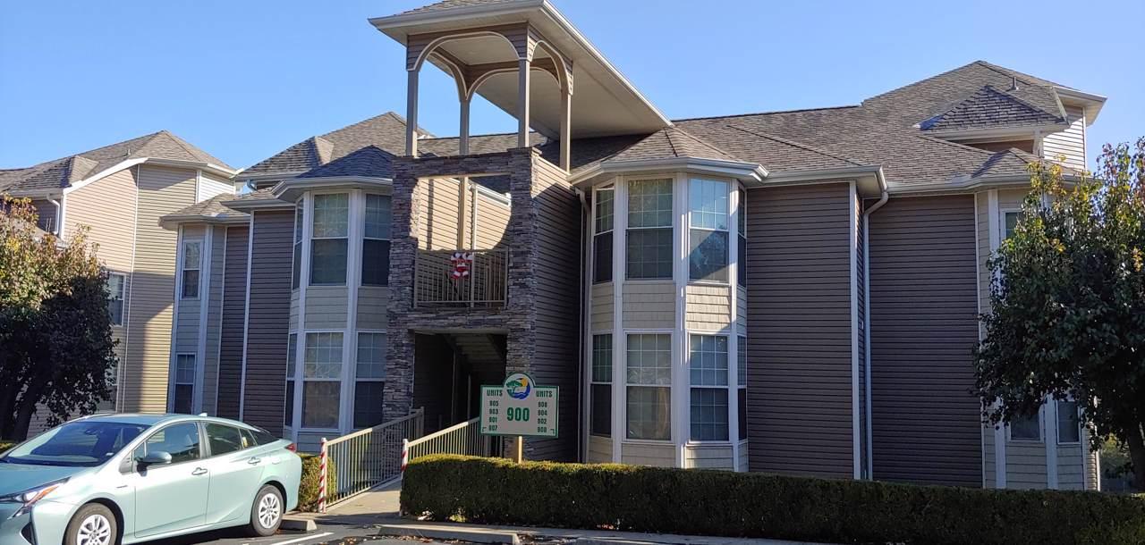 901 Rocky Shore Terrace Terrace - Photo 1