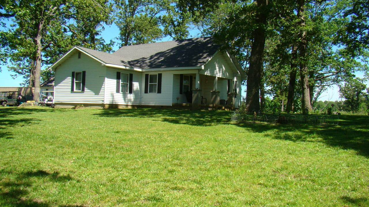 17727 County Road 427 - Photo 1