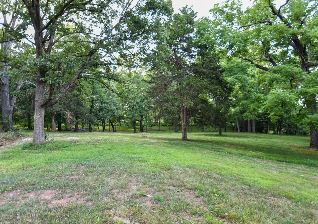3581 Farm Rd 186 - Photo 1