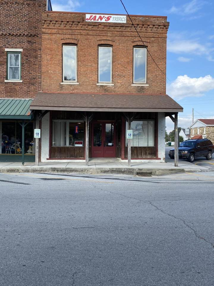 201 Commercial Street - Photo 1