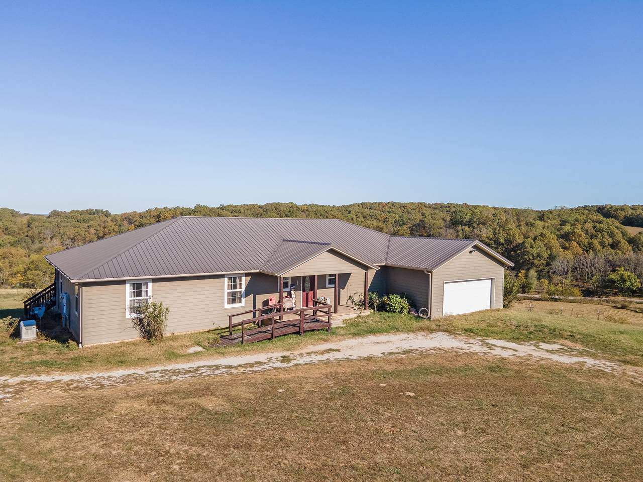 1370 Bass Hollow Road - Photo 1