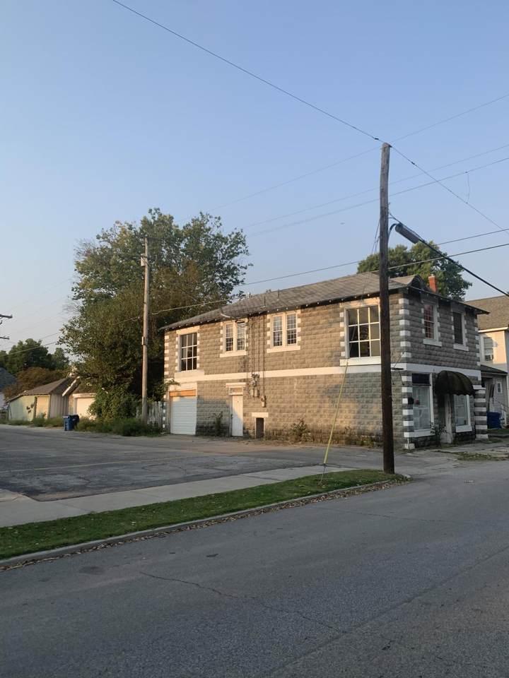 814 4th Street - Photo 1