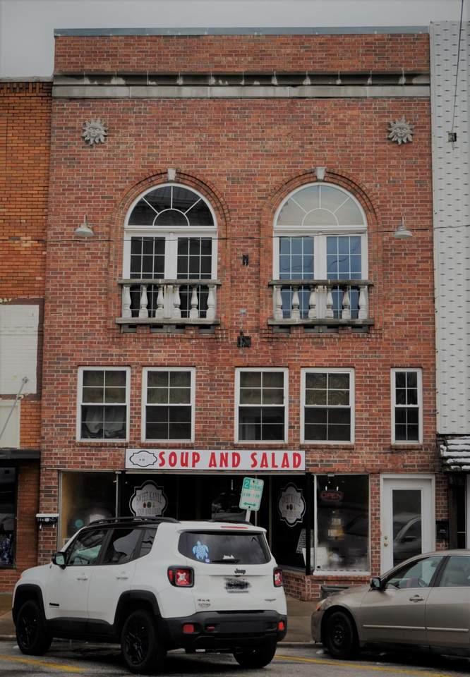 104 Jackson Street - Photo 1