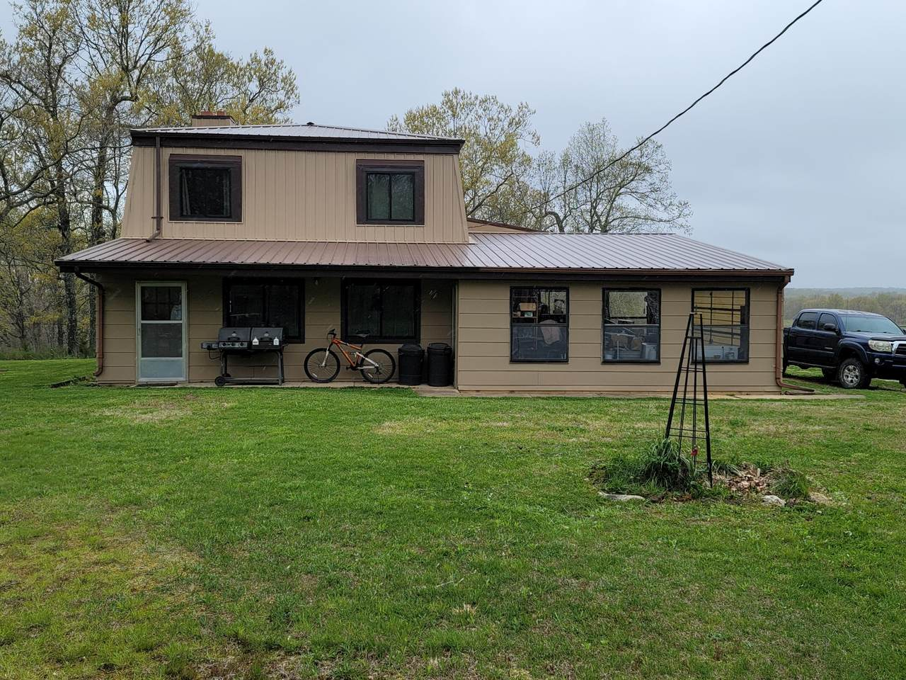 8601 Plum Valley Road - Photo 1