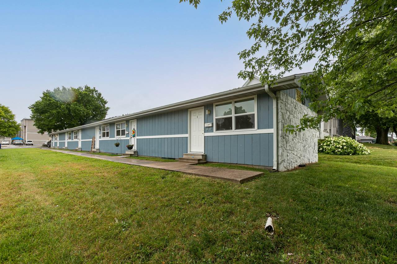 910 Campbell Avenue - Photo 1