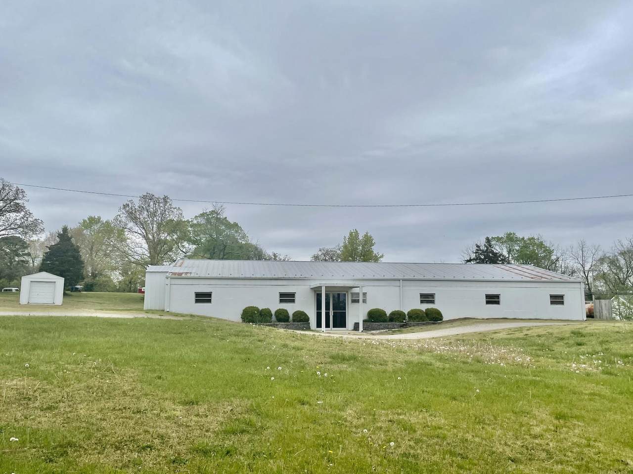 814 John N Wiles Drive - Photo 1