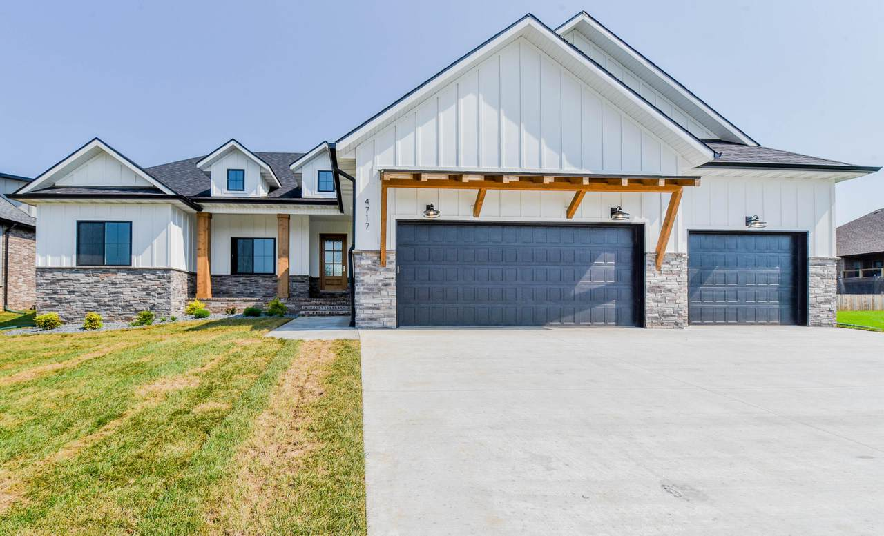 4717 Forest Trails Drive - Photo 1
