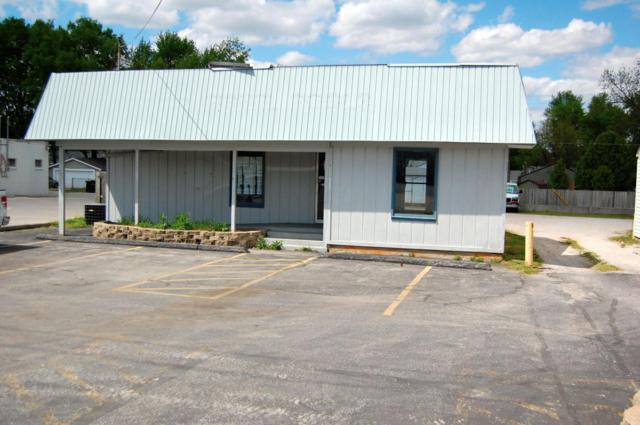 1421 E Sunshine Street, Springfield, MO 65804 (MLS #60000336) :: Greater Springfield, REALTORS