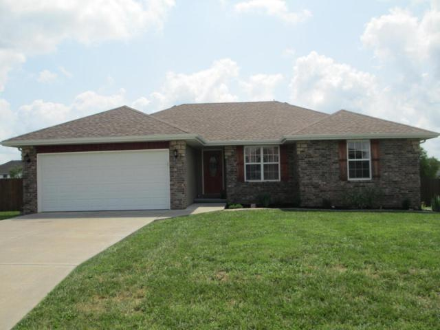 200 N Lake Avenue, Clever, MO 65631 (MLS #60086887) :: Greater Springfield, REALTORS