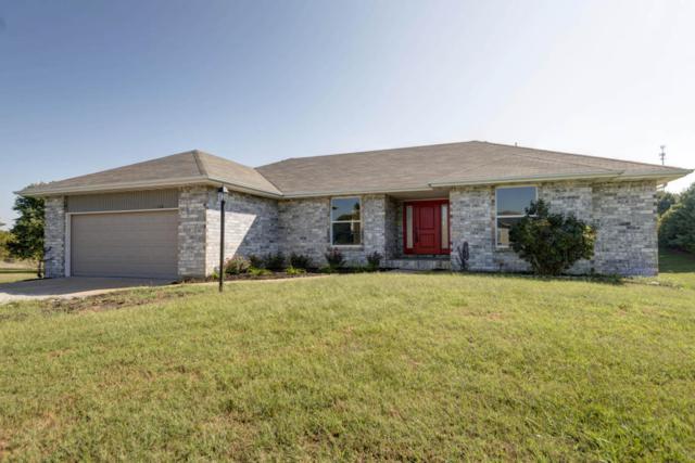 1604 Cody Avenue, Nixa, MO 65714 (MLS #60090801) :: Select Homes