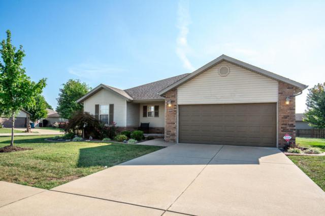 502 S Hazelnut Avenue, Springfield, MO 65802 (MLS #60090861) :: Select Homes