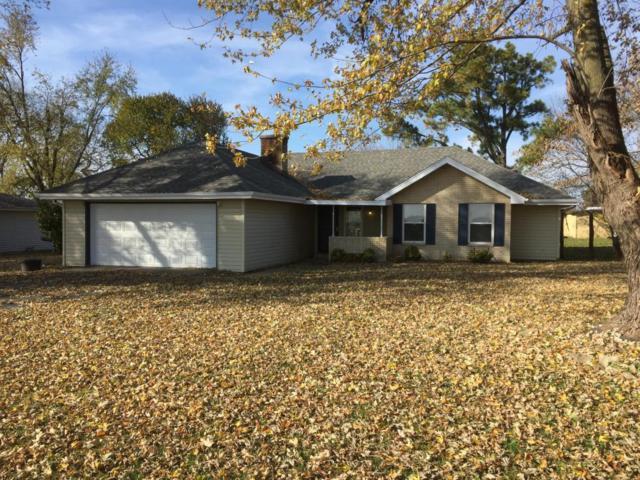 4605 Prairie Lane, Bolivar, MO 65613 (MLS #60094522) :: Select Homes