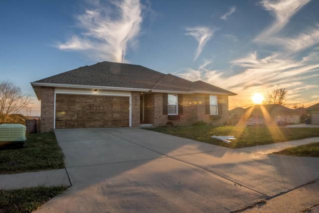 2816 W Cover Drive, Ozark, MO 65721 (MLS #60096059) :: Greater Springfield, REALTORS