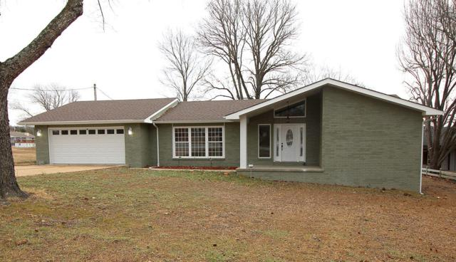 945 Parkview Drive, Hollister, MO 65672 (MLS #60098426) :: Greater Springfield, REALTORS