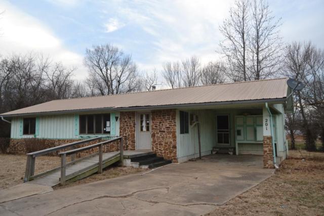 201 Oak Heights, Exeter, MO 65647 (MLS #60098513) :: Greater Springfield, REALTORS