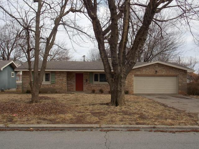 3102 S Dayton Avenue, Springfield, MO 65807 (MLS #60100382) :: Greater Springfield, REALTORS