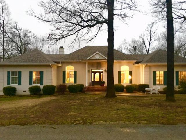 1412 Vine Street, Cassville, MO 65625 (MLS #60100952) :: Good Life Realty of Missouri