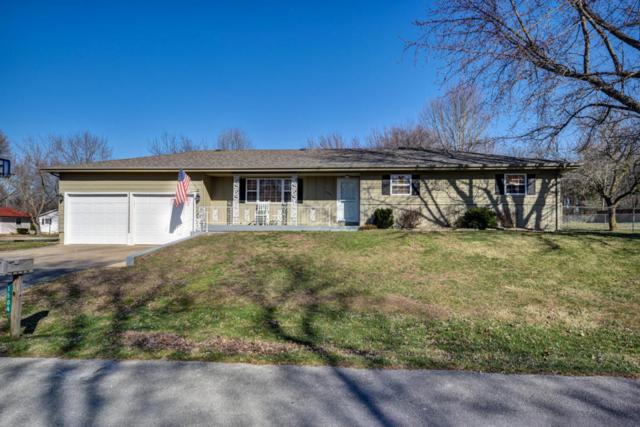 1504 S Tyler Avenue, Aurora, MO 65605 (MLS #60102498) :: Team Real Estate - Springfield