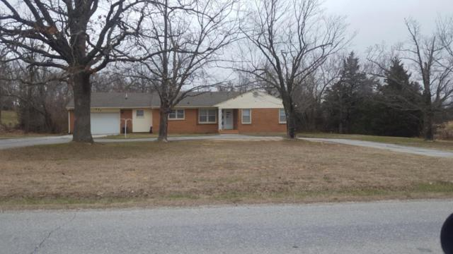 855 Banning Street, Marshfield, MO 65706 (MLS #60102696) :: Team Real Estate - Springfield