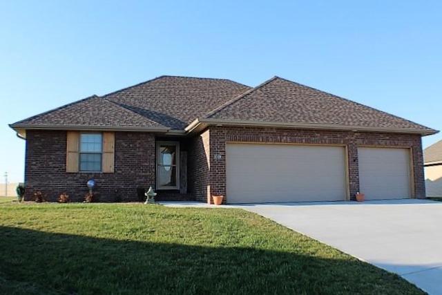 310 Teakwood Street, Clever, MO 65631 (MLS #60102760) :: Team Real Estate - Springfield