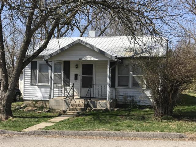 307 N. Ash Street, Willow Springs, MO 65793 (MLS #60103137) :: Good Life Realty of Missouri