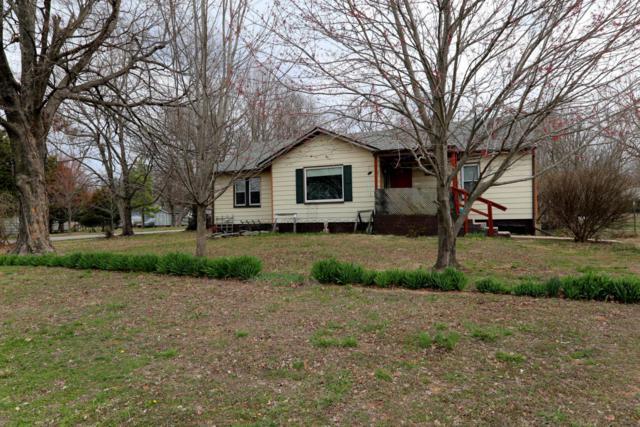 2650 N Pierce Avenue, Springfield, MO 65803 (MLS #60103583) :: Team Real Estate - Springfield