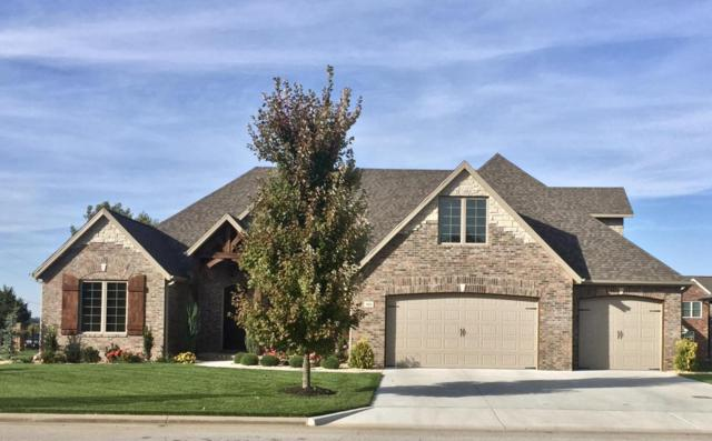 919 W Lorenza Drive, Nixa, MO 65714 (MLS #60103762) :: Team Real Estate - Springfield