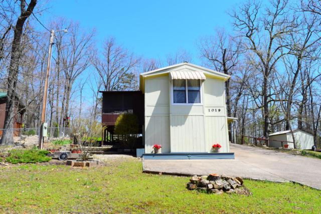 1019 Cedarwood Drive, Merriam Woods, MO 65740 (MLS #60105522) :: Greater Springfield, REALTORS