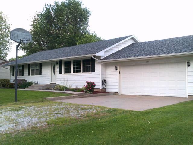 2855 S Madison Avenue, Aurora, MO 65605 (MLS #60108747) :: Team Real Estate - Springfield