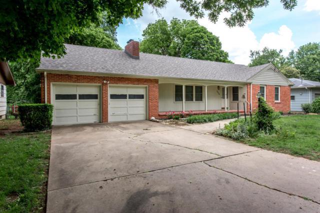 1654 S Roanoke Avenue, Springfield, MO 65807 (MLS #60109171) :: Greater Springfield, REALTORS