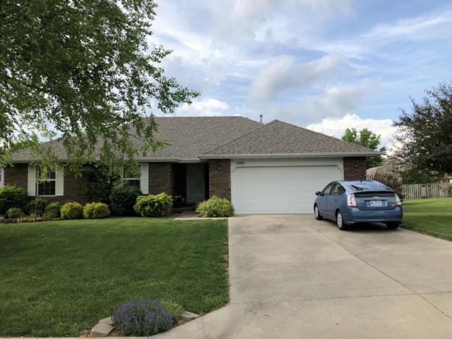 1505 E Barnes Street, Ozark, MO 65721 (MLS #60109418) :: Greater Springfield, REALTORS