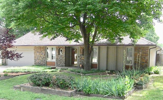 1226 S Plaza Avenue, Springfield, MO 65804 (MLS #60109813) :: Greater Springfield, REALTORS
