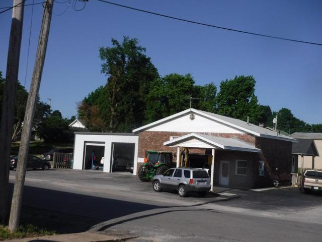 310 S Market Street, Mt Vernon, MO 65712 (MLS #60110207) :: Team Real Estate - Springfield