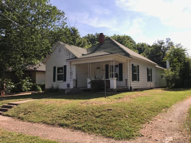2040 N Campbell Avenue, Springfield, MO 65803 (MLS #60110401) :: Greater Springfield, REALTORS