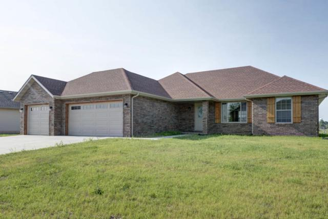 200 E Cypress Street, Clever, MO 65631 (MLS #60111346) :: Greater Springfield, REALTORS