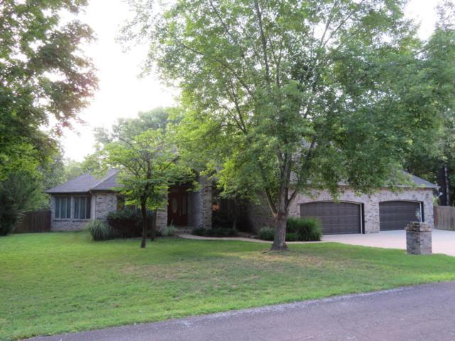 302 Hobart Drive, Forsyth, MO 65653 (MLS #60113290) :: Good Life Realty of Missouri