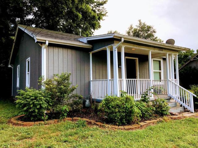 2010 W Chestnut Street, Springfield, MO 65802 (MLS #60113638) :: Greater Springfield, REALTORS