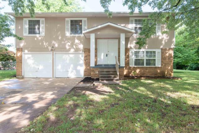 3607 S Moreland Avenue, Springfield, MO 65807 (MLS #60113997) :: Good Life Realty of Missouri