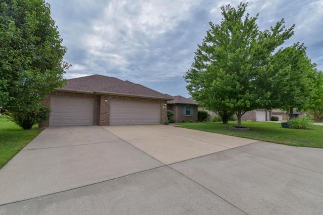 897 W Linwood Avenue, Nixa, MO 65714 (MLS #60114164) :: Team Real Estate - Springfield