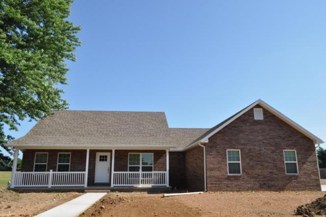 1400 Hemingway Drive, Monett, MO 65708 (MLS #60114291) :: Team Real Estate - Springfield