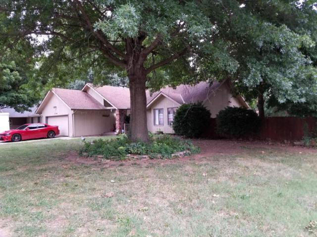 1746 W Whiteside Street, Springfield, MO 65807 (MLS #60114480) :: Good Life Realty of Missouri