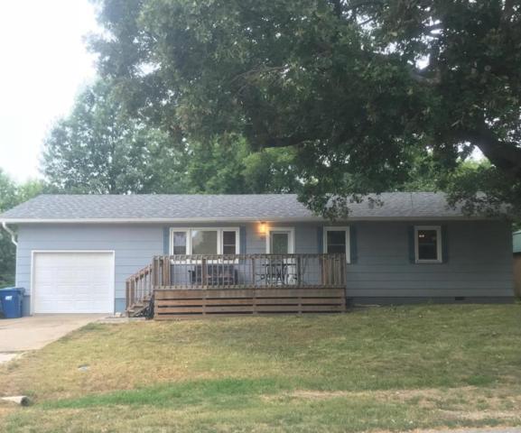 611 N Ward Street, Stockton, MO 65785 (MLS #60115303) :: Team Real Estate - Springfield