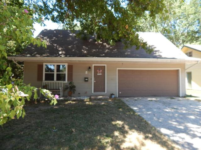 207 E Berkeley Street, Springfield, MO 65807 (MLS #60115429) :: Good Life Realty of Missouri