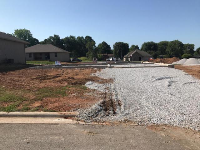 407 Prairie Lane, Monett, MO 65708 (MLS #60115545) :: Good Life Realty of Missouri