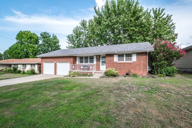 3318 N Delaware Avenue, Springfield, MO 65803 (MLS #60115600) :: Good Life Realty of Missouri