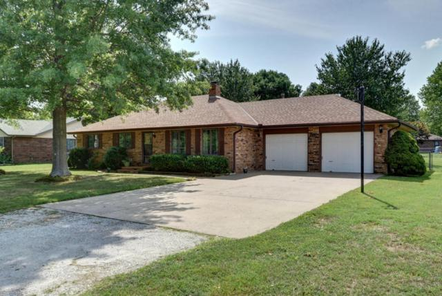 1611 S Hudson Avenue, Aurora, MO 65605 (MLS #60116950) :: Team Real Estate - Springfield