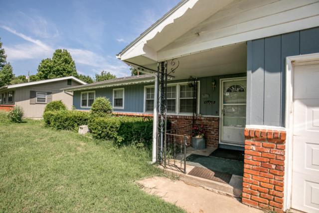 4555 W La Casa Street, Springfield, MO 65802 (MLS #60116979) :: Team Real Estate - Springfield