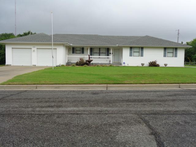 2531 W 23rd Street, Joplin, MO 64804 (MLS #60117977) :: Good Life Realty of Missouri